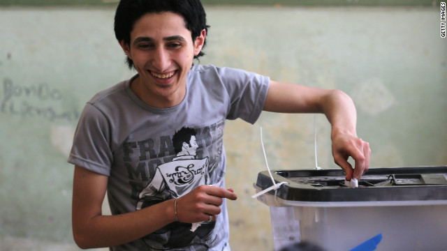 A young voter casts his ballot in Egypt's presidential election on May 23, 2012 in Cairo.
