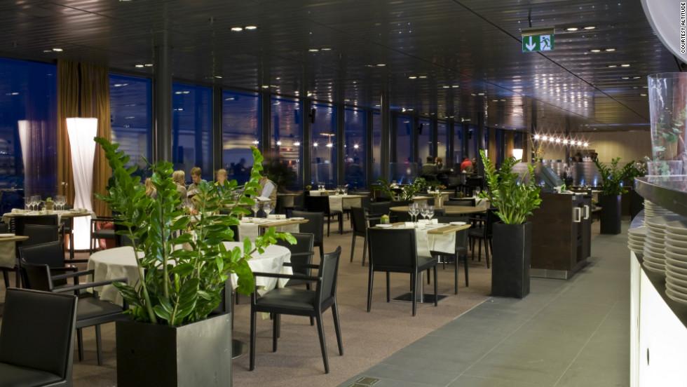Best Airport Restaurants Around The World Cnn Travel