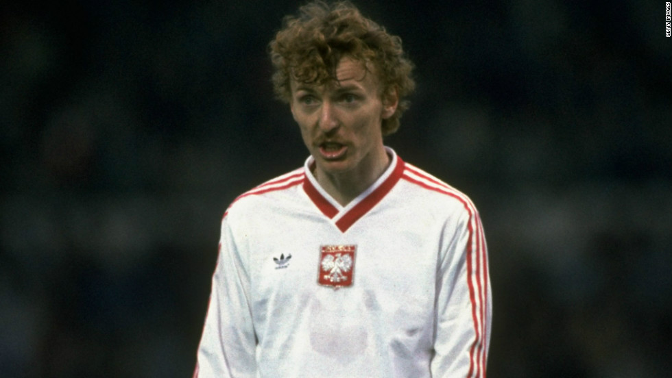 After a goalless draw against Italy in their first game, the Poles set the tournament alight thanks to the scintillating forward play of Zbigniew Boniek. Boniek would score three goals against Belgium and his treble is considered one of the all-time greatest international hat-tricks.