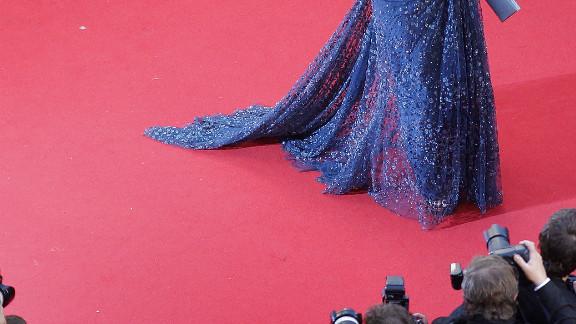 """Aishwarya Rai walks the red carpet for the screening of """"Cosmopolis."""""""