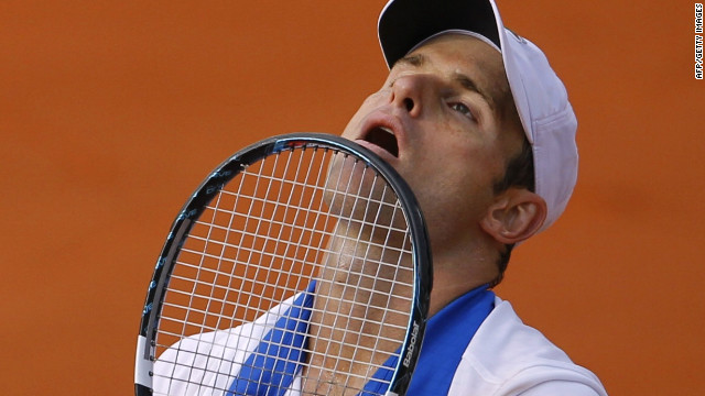 Andy Roddick was left to contemplate another early exit at the French Open as he lost to Nicolas Mahut.