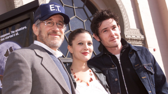 """Steven Spielberg, Drew Barrymore and Henry Thomas at the 20th anniversary of """"E.T. The Extra-Terrestrial"""" in 2002."""