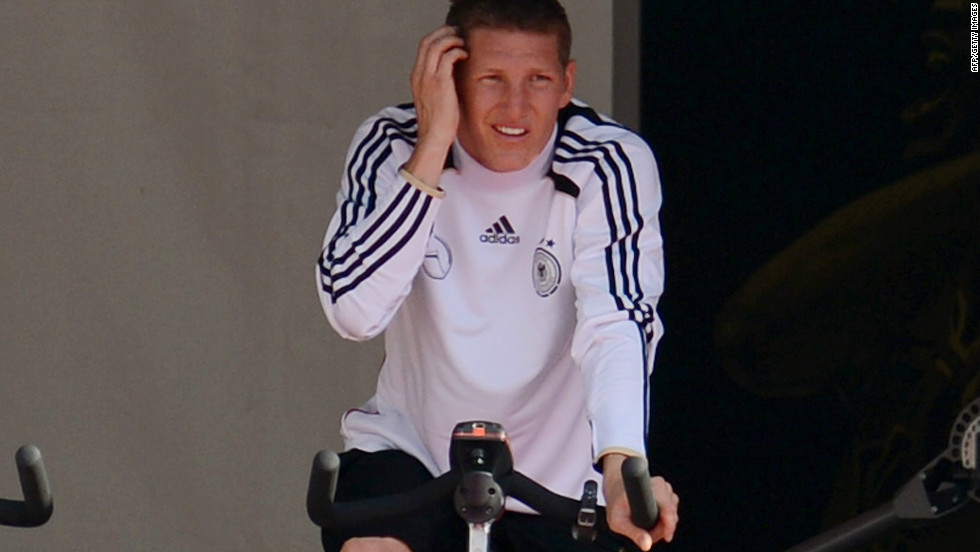 Germany midfielder Bastian Schweinsteiger injured his thigh in Bayern Munich's Champions League final defeat to Chelsea on May 19 but is fit to play at Euro 2012.
