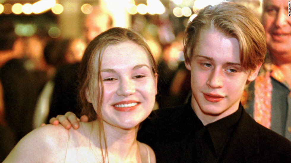 Fellow actors Rachel Miner and Macaulay Culkin were married in 1998 when they both were 17. The wedded bliss was short-lived. The pair divorced in 2000.