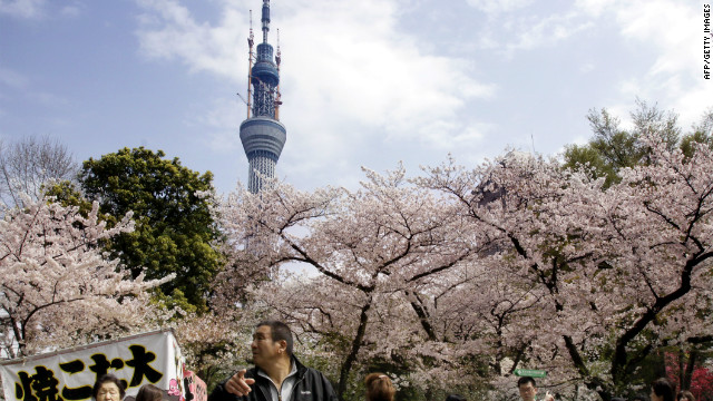 Japan's capital is now rated as the most expensive city in the world for expats, the Mercer report says.