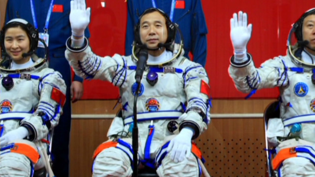 China sends woman into space