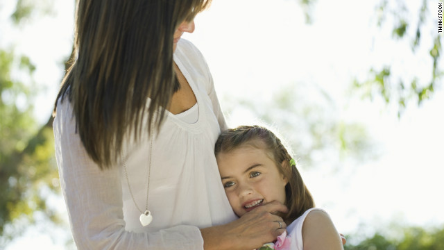 Some experts advise parents not to make their children hug or kiss relatives.