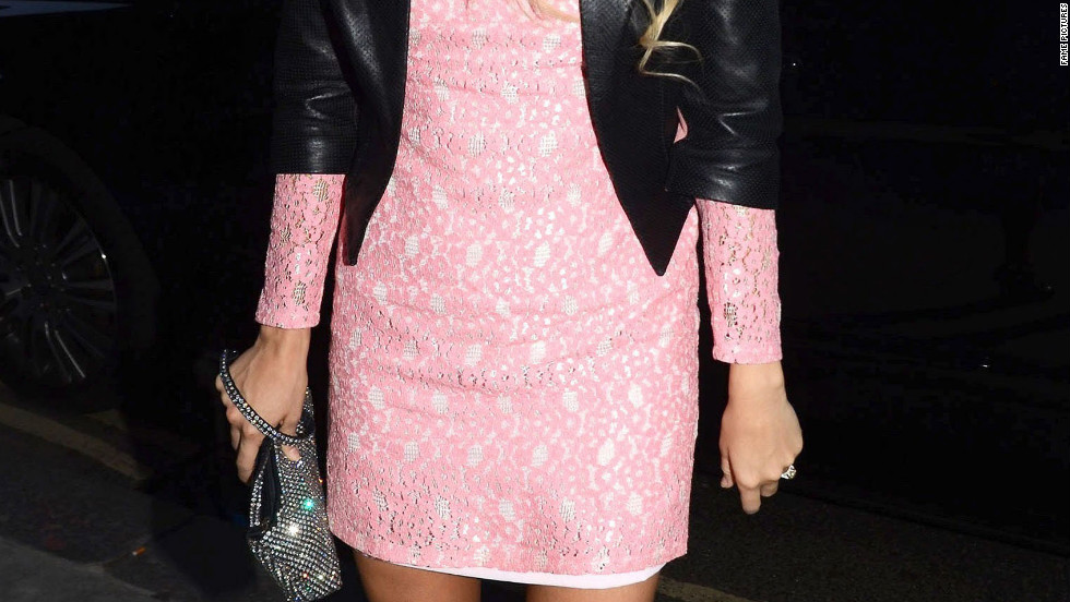 Carrie Underwood arrives in a club in London.