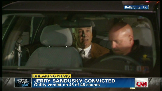 Reporter describes Sandusky's reaction