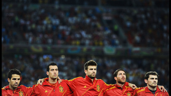 The Spanish team lines up ahead of the quarterfinal match between Spain and France.