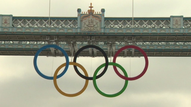 ctw pkg thomas olympic rings on bridge_00001315