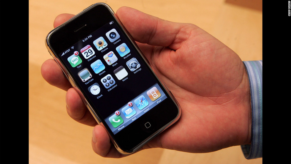 The First Generation Apple IPhone Released On June 29 2007 Had People