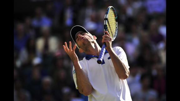 American Andy Roddick shows his frustration during his third-round men