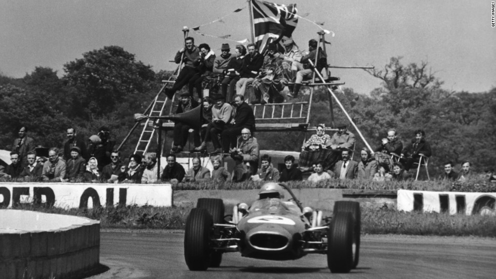 Safety standards were lower in the circuit's early years. Spectators erected their own viewing stand for the F1 international trophy race in May 1966.