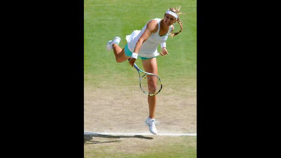 Victoria Azarenka of Belarus plays hard during her women