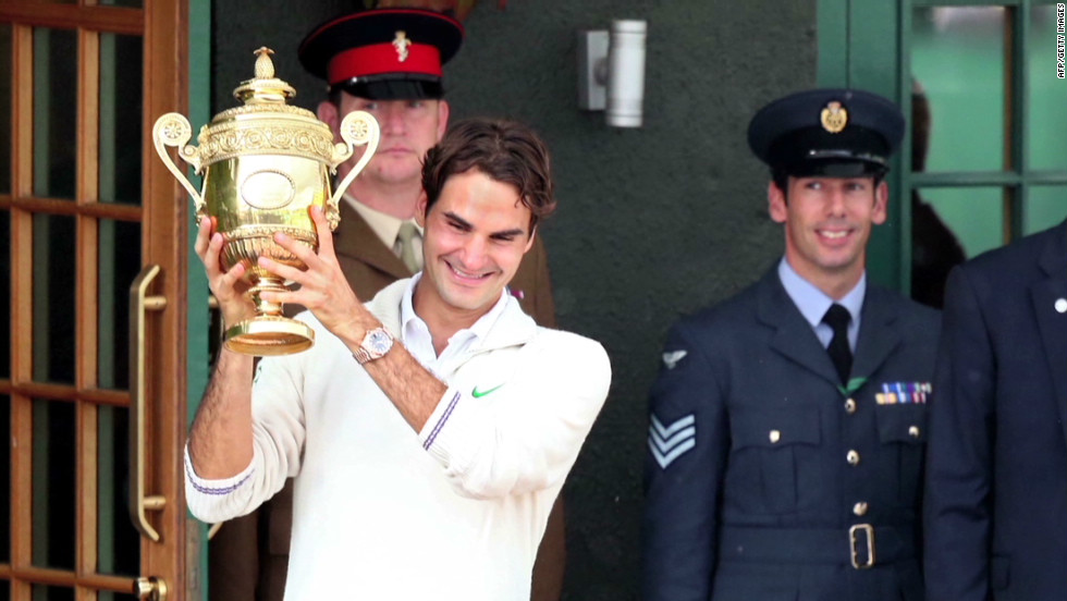 Federer showed his longevity by winning his 17th grand slam at Wimbledon in July 2012, beating Murray in the final
