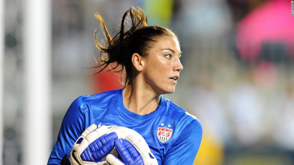 U.S. team suspends Hope Solo