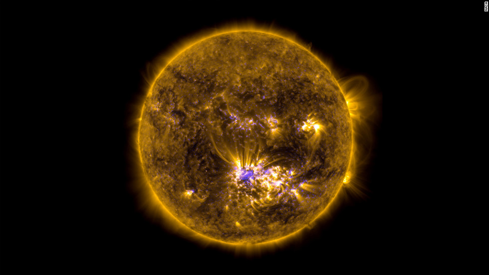 This image combines two sets of photos of the sun on July 12, 2012, to give an impression of what the sun looked like shortly before it unleashed an X-class flare.