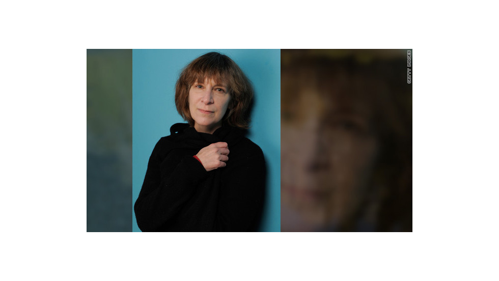 "Amanda Plummer, who's known for her roles in ""Pulp Fiction"" and ""So I Married an Axe Murderer,"" has <a href=""http://www.cnn.com/2012/07/17/showbiz/movies/wiress-the-hunger-games-catching-fire/index.html?iref=allsearch"" target=""_blank"">signed on </a>to play Wiress, a veteran tribute from District 3."