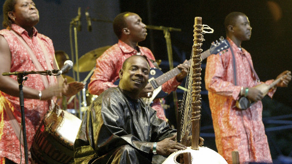 Diabate woos the audience at the Island Festival in Budapest, Hungary, on 11 August 2006.