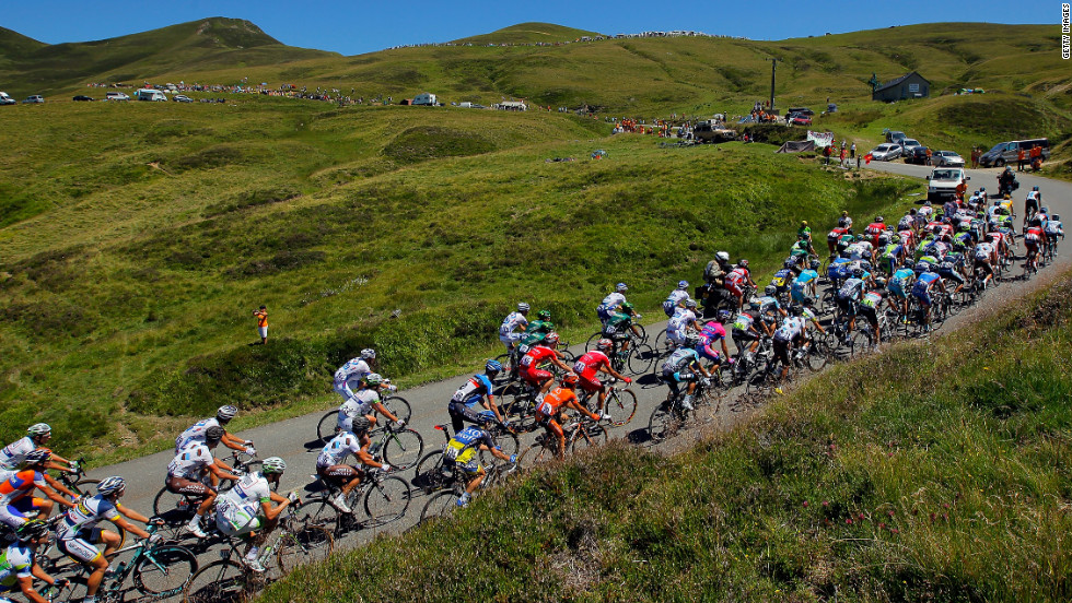 The peloton makes the climb of the Col d'Aubisque in the Pyrenees Mountains during Wednesday's stage.
