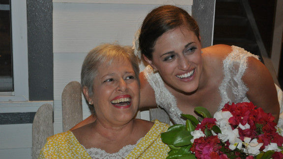 Before her death, Renee Mosier was able to make a last trip to her daughter's wedding.