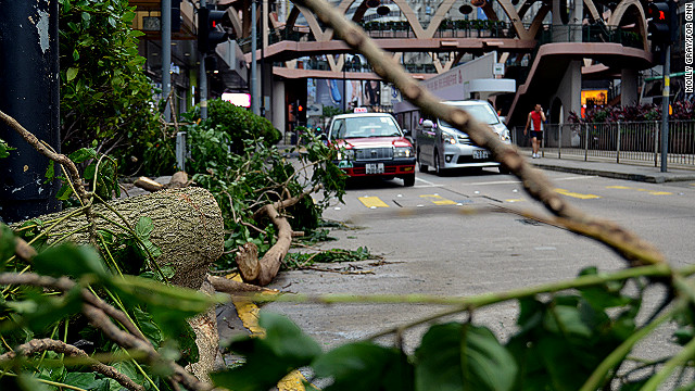 Typhoon Vicente batters Hong Kong