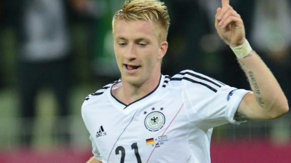 Borussia Monchengladbach to Borussia Dortmund
