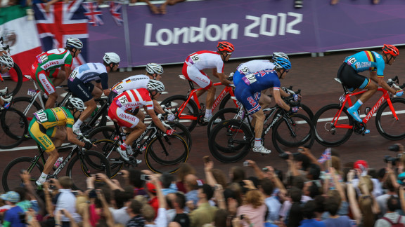 Broadcasters said they were unable to determine the distance between cyclists during Saturday