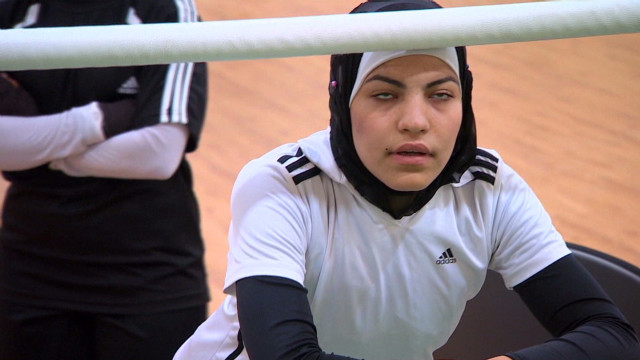 Jordan's female boxers fight hijab ban