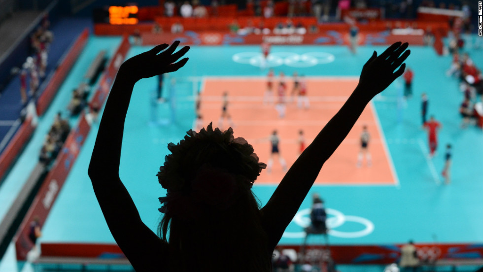 The women's volleyball match between China and Turkey draws cheers on Monday.