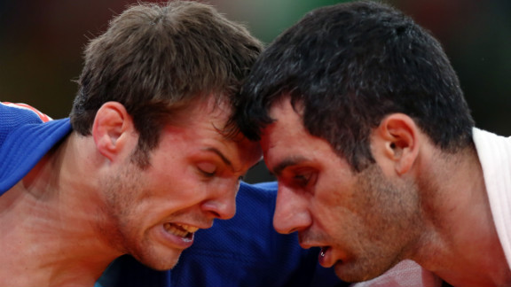 Elkhan Mammadov, right, of Azerbaijan faces off with Christophe Lambert of Germany on Wednesday during the men