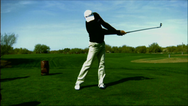 living golf kaymer irons hot shots_00013216