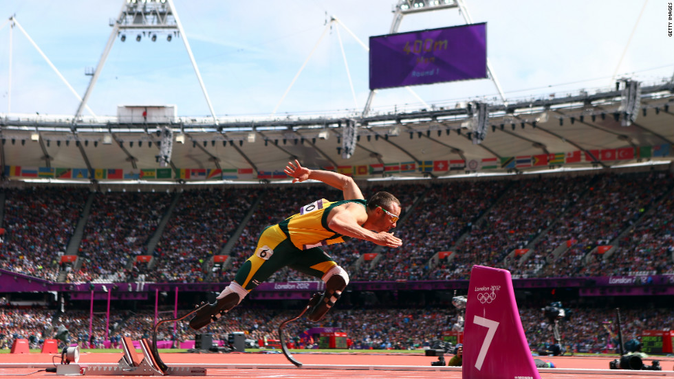 Oscar Pistorius of South Africa competes in the men's 400-meter qualifying heat.