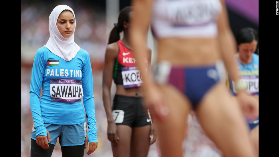 Palestinian runner Woroud Sawalha gets ready for round one of the women's 800-meter heats.