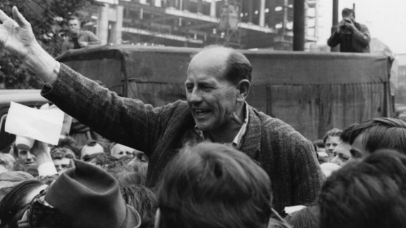 Zatopek addresses crowds during the Prague Spring of 1968, which was brutally repressed by Soviet troops.