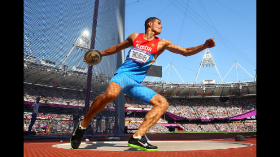 Ilya Shkurenev of Russia makes a throw during the men