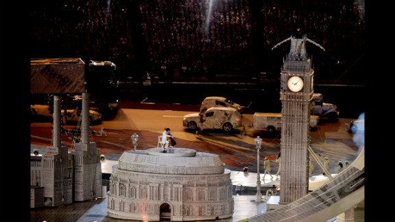 A rendition of London's Big Ben makes an appearance in the closing ceremony.