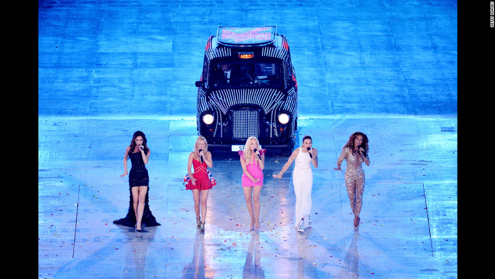 Victoria Beckham, Geri Halliwell, Emma Bunton, Melanie Brown and Melanie Chisholm of The Spice Girls perform.