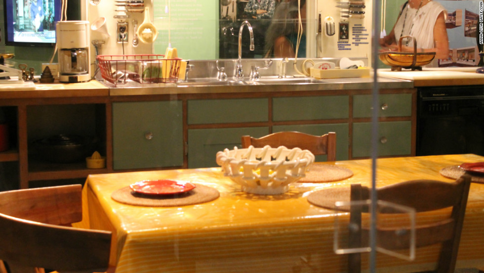 Explore the kitchen from Julia Child's Cambridge, Massachusetts home, recreated at Smithsonian's National Museum of American History.
