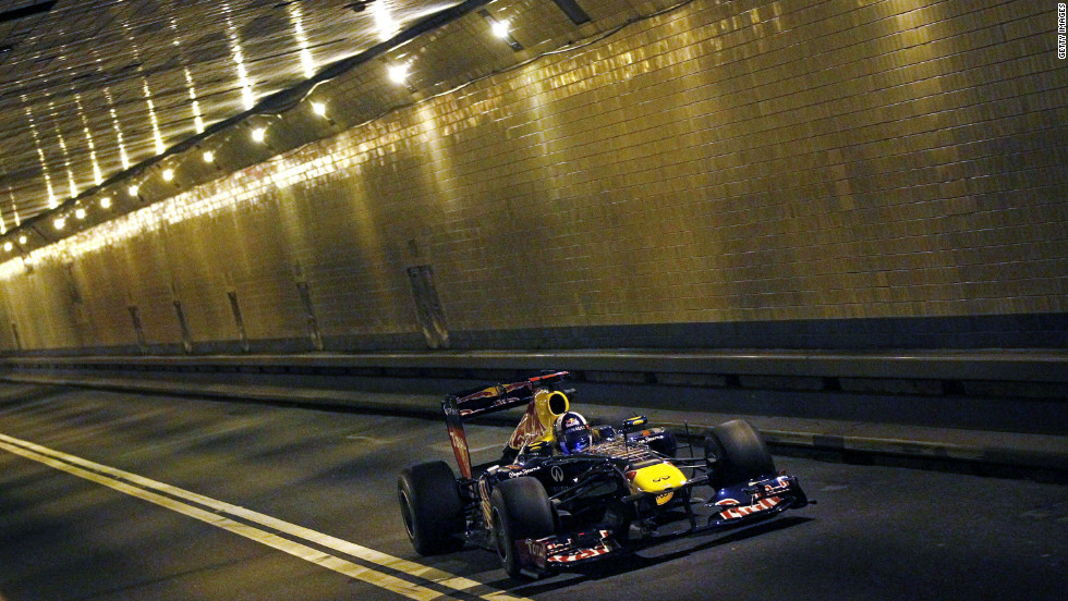 While the Hudson River flowed above, Coulthard tore through the tunnel below at speeds of up to 190 miles per hour.