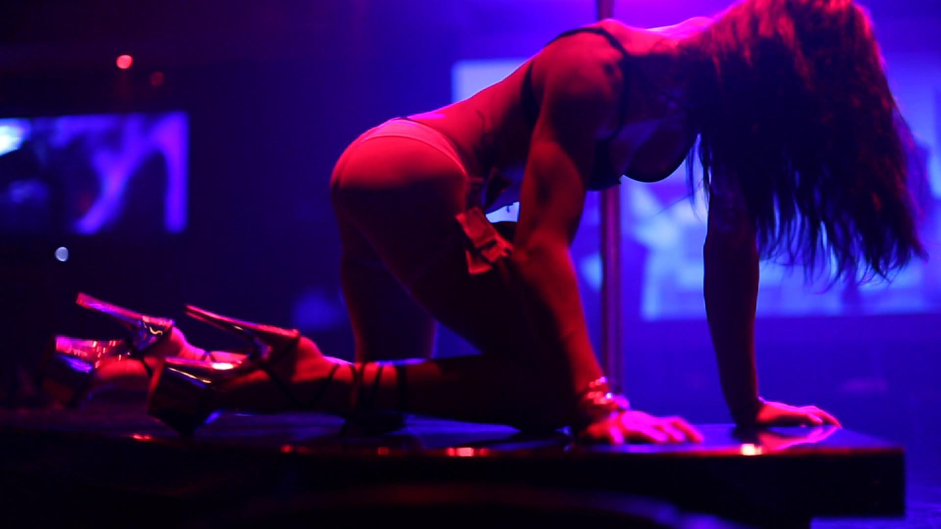 Watch strip club performance