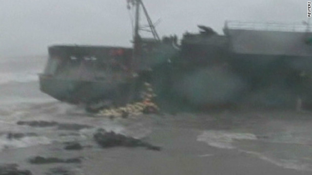 Fishermen drown during Typhoon Bolaven