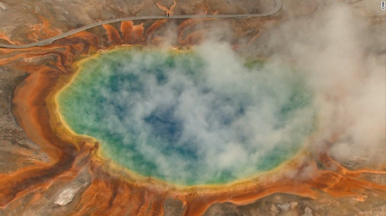 How a supervolcano can threaten earth cnn yellowstone national park39s grand prismatic spring the park39 sciox Gallery