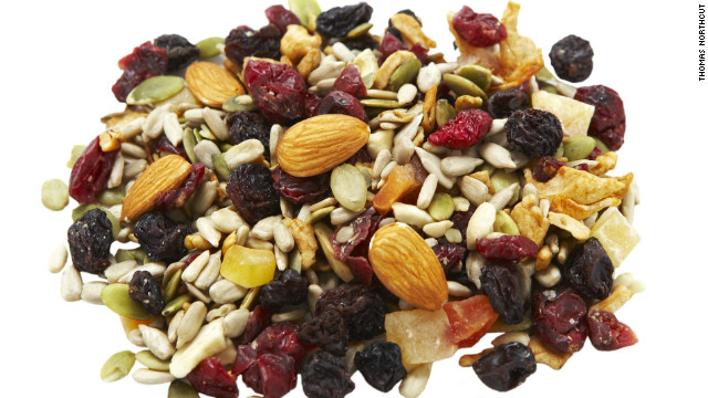 trail mix pile