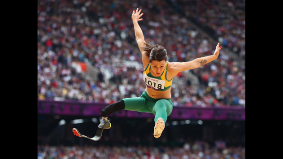 Kelly Cartwright of Australia competes in the women