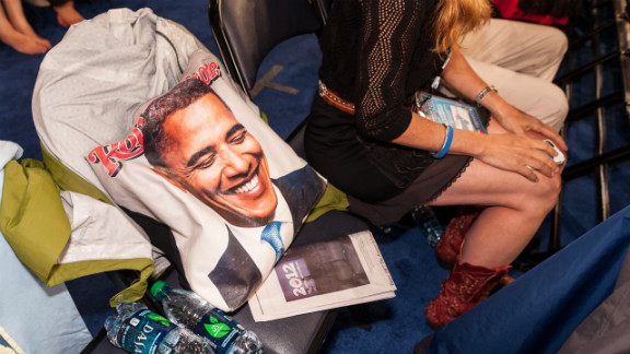 A Rolling Stone bag with a photo of Obama holds a seat on Wednesday.