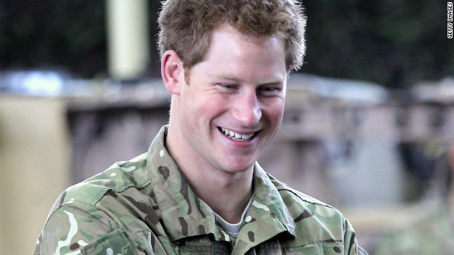 Palace officials will not pursue a complaint with the British media watchdog over naked pictures of Prince Harry.