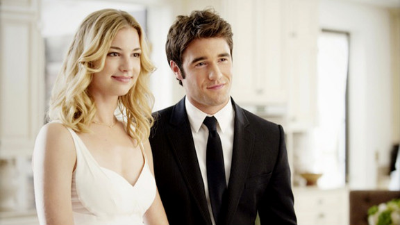"""It's not exactly smooth sailing for Emily and Daniel on ABC's """"Revenge,"""" but the actors who play them, Emily VanCamp and Josh Bowman, get along just fine off-screen."""