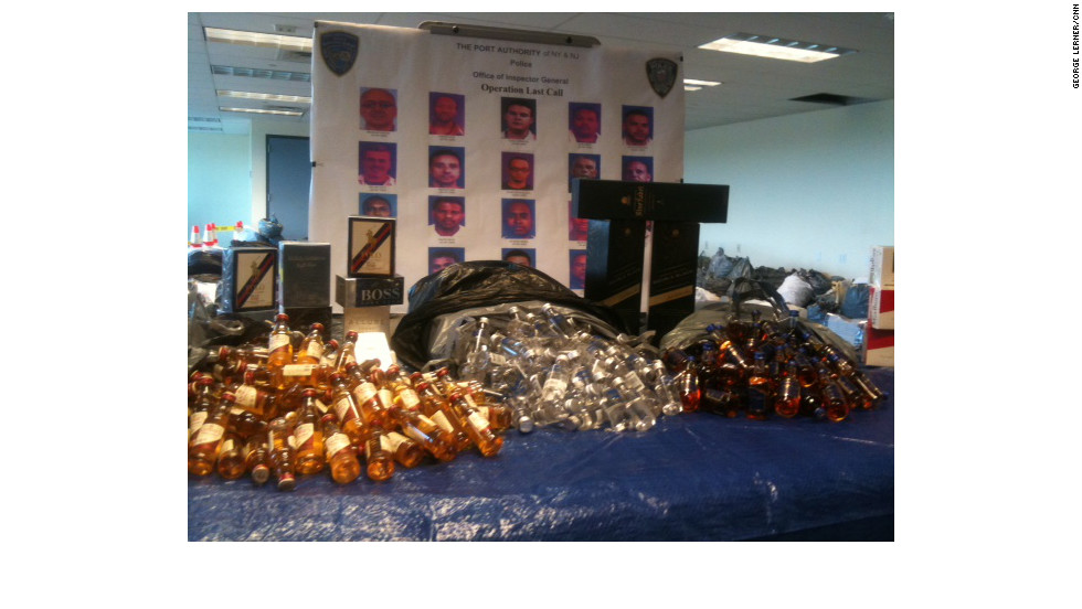 18 workers at JFK Airport charged in theft ring of airline mini ...
